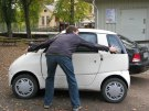 smart car hug