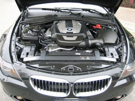 BMW-open-hood